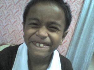 baby first gigi kekal hehe