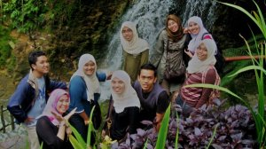 lan, nadya, paris, mid, tm, fisha, nolee, me and nisha.