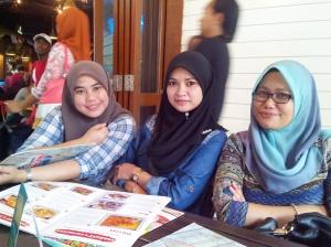 Soleha, Zue and I. Sunday Iftar